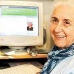 Vovó Neuza aposta em blog para contar histórias
