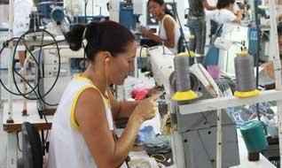 Apoio produtivo local vestuário