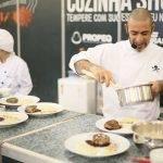 Cozinha não é só glamour, diz chef Henrique Fogaça