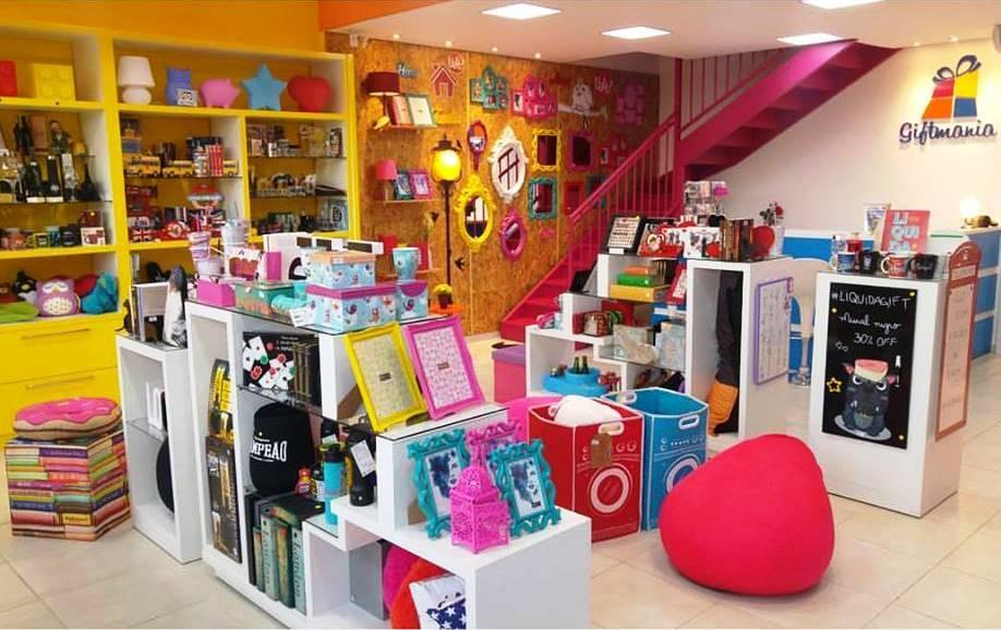 Interior da loja em novo local