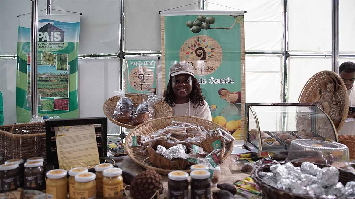 """Associação Broto Frutos Culinária do Cerrado começou modesta e, hoje, representa muito bem o fenômeno conhecido como """"mundialização da cultura""""."""