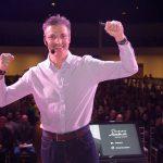 Aprendendo com gigantes: uma entrevista com Fernando Seabra