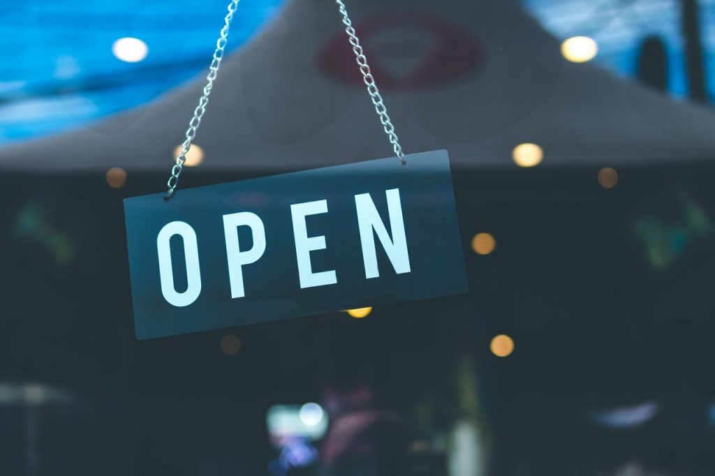 Ponto comercial aberto