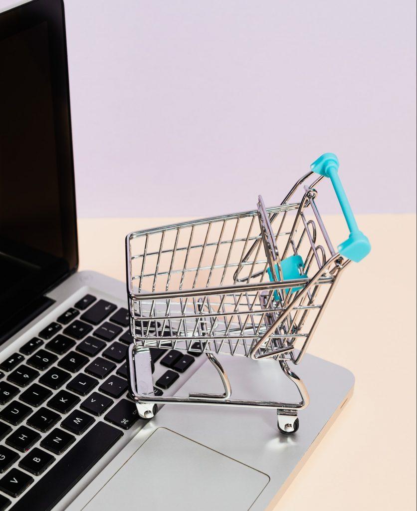defina um bom preço de venda para seus serviços e produtos on-line