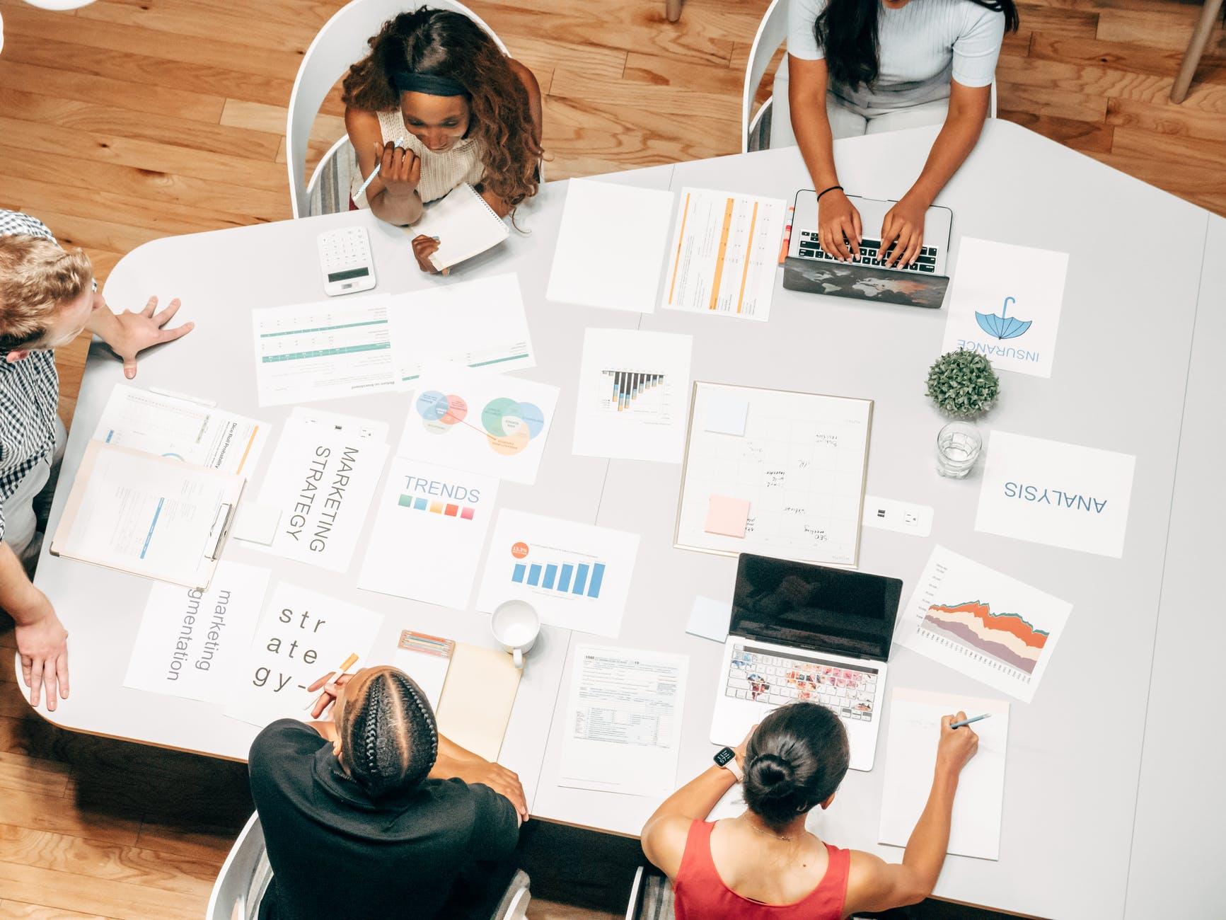 Marketing nos negócios: quando devo contratar agência de publicidade?