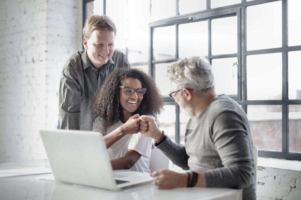 Persuasão e liderança: como influenciar positivamente as pessoas
