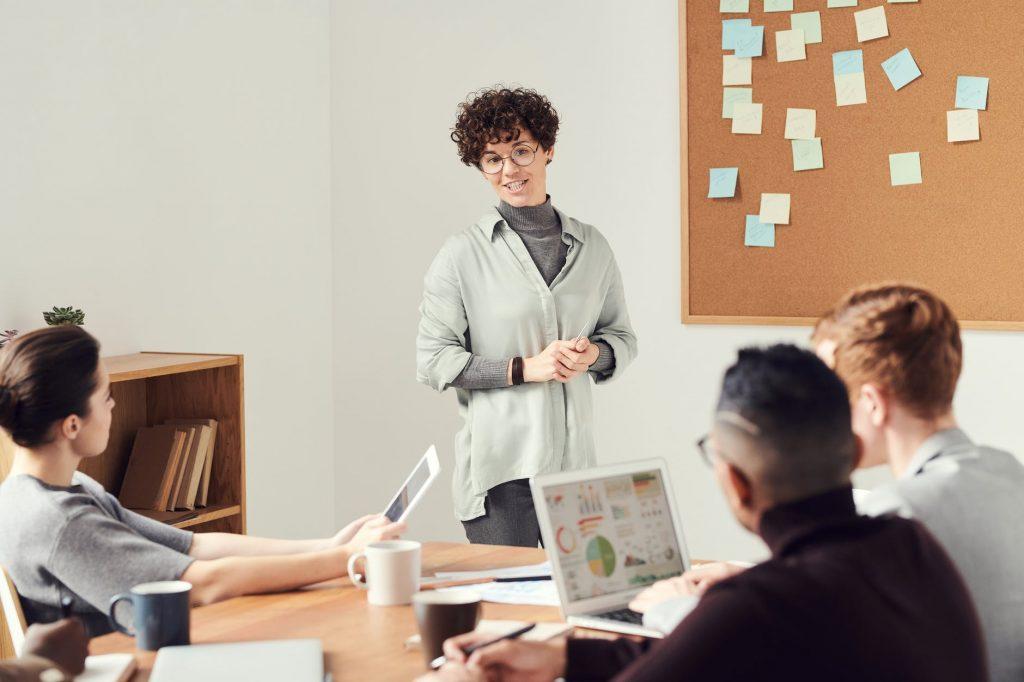 Como identificar talentos e preparar um funcionário para cargos de gerência